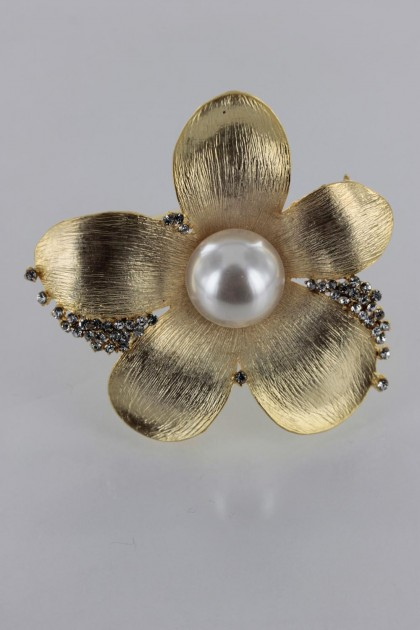Large Kelly Pearl Brooch