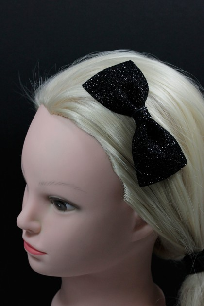 Glitter bow hair clip jewelry