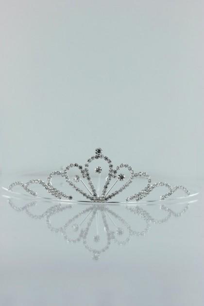 Trendy tiara headband