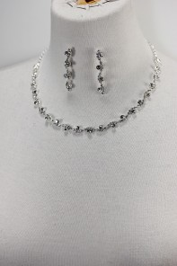 Foggy rhinestone necklace set