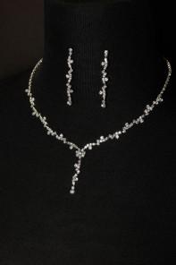 simple necklace set