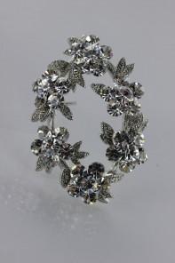 Crown of flower brooch
