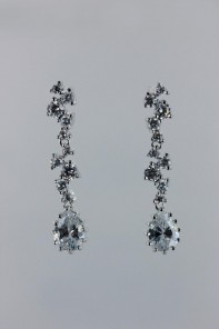 ice-cube pear cubic zirconia earring