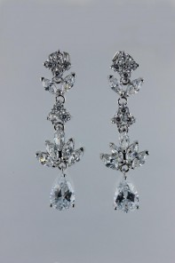 Noble birth cubic zirconia earring