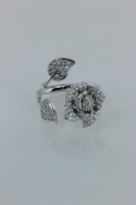 Bunch of rose adjustable CZ ring