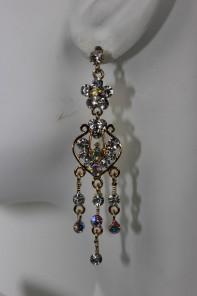 Flower heart dangling stud earring