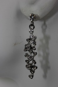 heart dangling stud earring