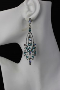 Traditional Red Carpet Earring