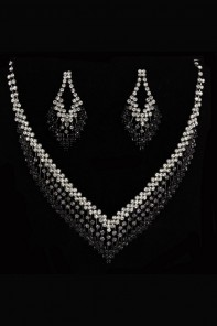BOTIQUE NECKALCE SET