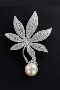 MUST HAVE WEDDING JEWERLY BROOCHE