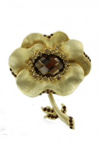 MUST HAVE BRIDAL BROOCH