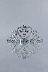 Small round heart tiara